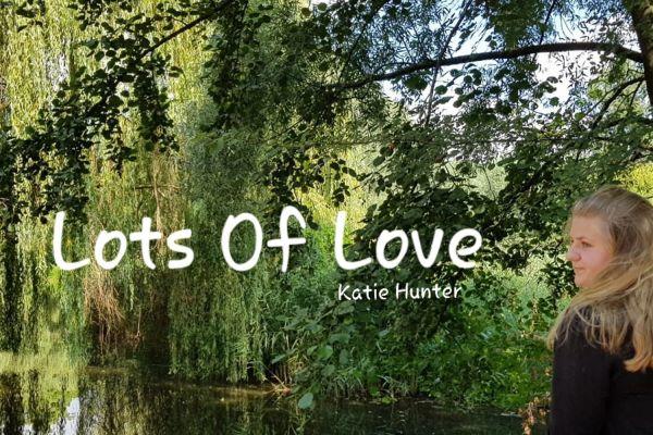 cd-cover-lots-of-love-150083004461-FF8B-A84E-1D69-7B7A7E335D2B.jpg